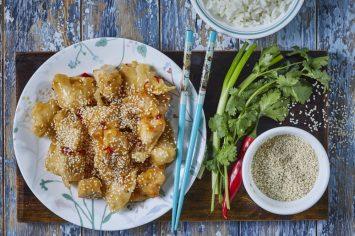 נתחי עוף ברוטב דבש וצ'ילי כמו במסעדות הסיניות