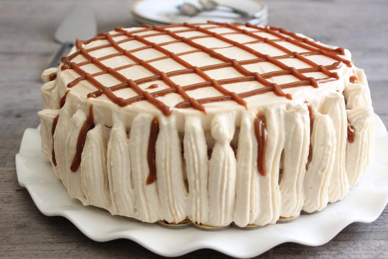 עוגת ריבת חלב וקצפת. צילום: יהודית מורחיים