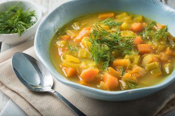מרק ירקות דיאטטי של שר פיטנס