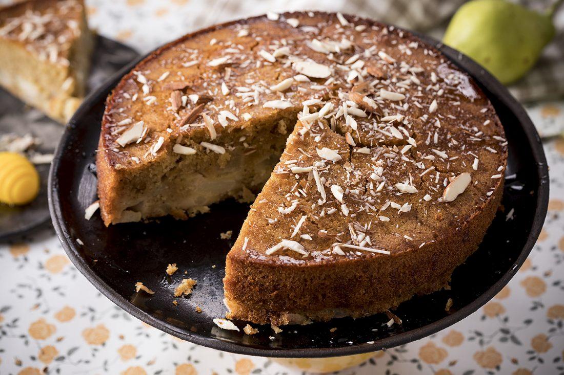 עוגת דבש ואגסים