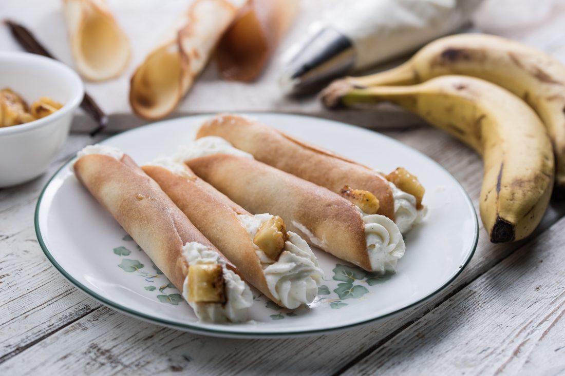 קנולי במילוי קציפת מסקרפונה ובננות