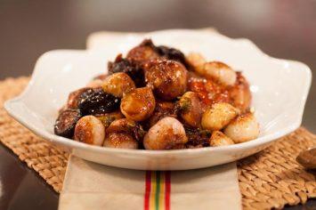 שוקי עוף עם לפת ופטריות - תבשיל מושלם לחורף חם