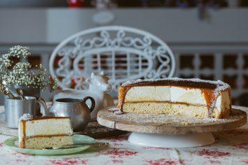עוגת אלפחורס - עוגת שכבות בטעם ריבת חלב וקוקוס