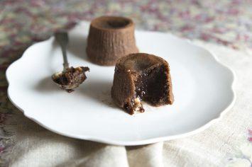 סופלה שוקולד וקרמל