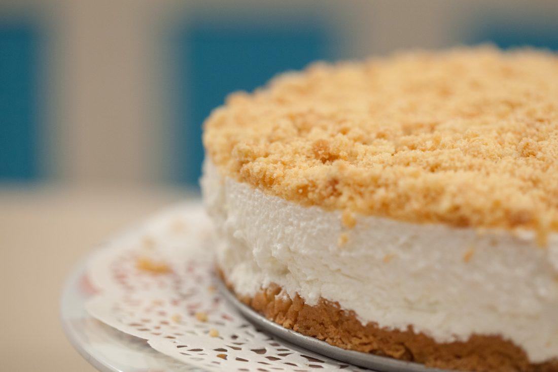 עוגת גבינה פירורים מעלפת