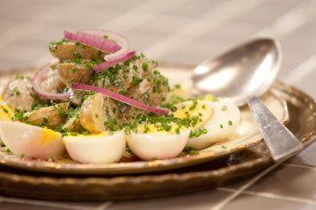 סלט תפוחי אדמה עם מיונז ושמיר