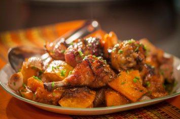 שוקי עוף בתנור עם דלורית צלויה