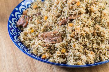 תבשיל אורז ירוק ופרגיות ברכז רימונים