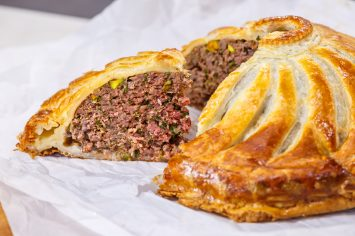 פטיבייה – מאפה בצק עלים ממולא בבשר של אהרוני