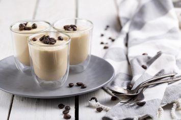 מוס קפה קרמי מגבינת מסקרפונה