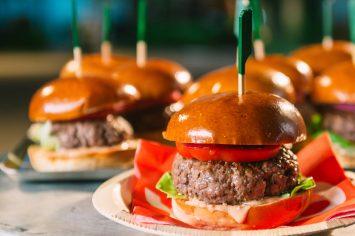 המבורגר ב-10 דקות של ישראל אהרוני