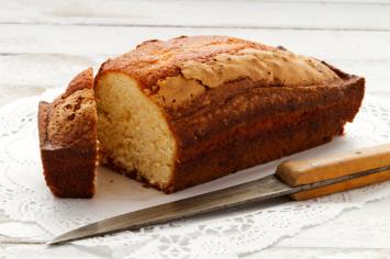 עוגה בחושה פשוטה וממזרית