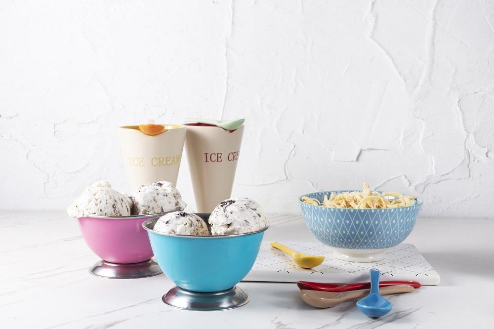 גלידה ביתית שמכינים בקלות מ-2 מרכיבים בלבד. צילום: שני הלוי