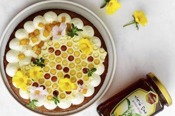 טארט דבש עם קרם שוקולד לבן ותפוחים מקורמלים