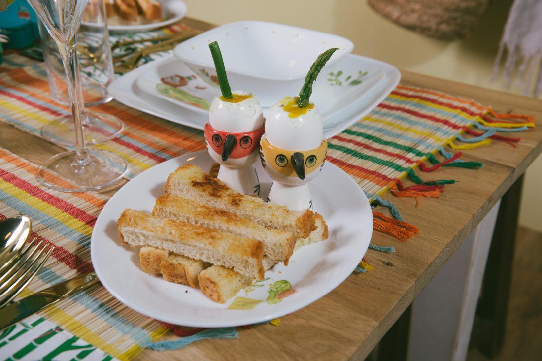 ביצים רכות עם אצבעות לחם קלוי ואספרגוס. 1קרדיט-צילום-ינאי-מנחם