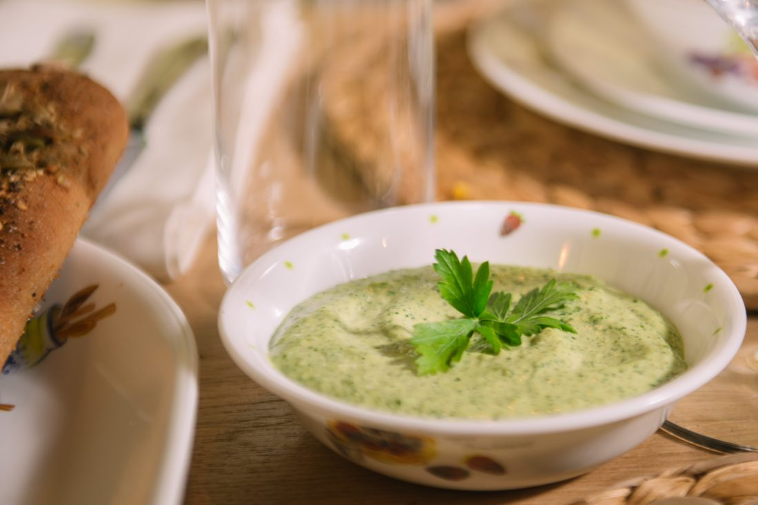 טחינה ירוקה שמכינים ב-5 דקות. צילום-נועם-פריסמן4