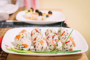 כדורי סושי צמחוניים לארוחה יפנית
