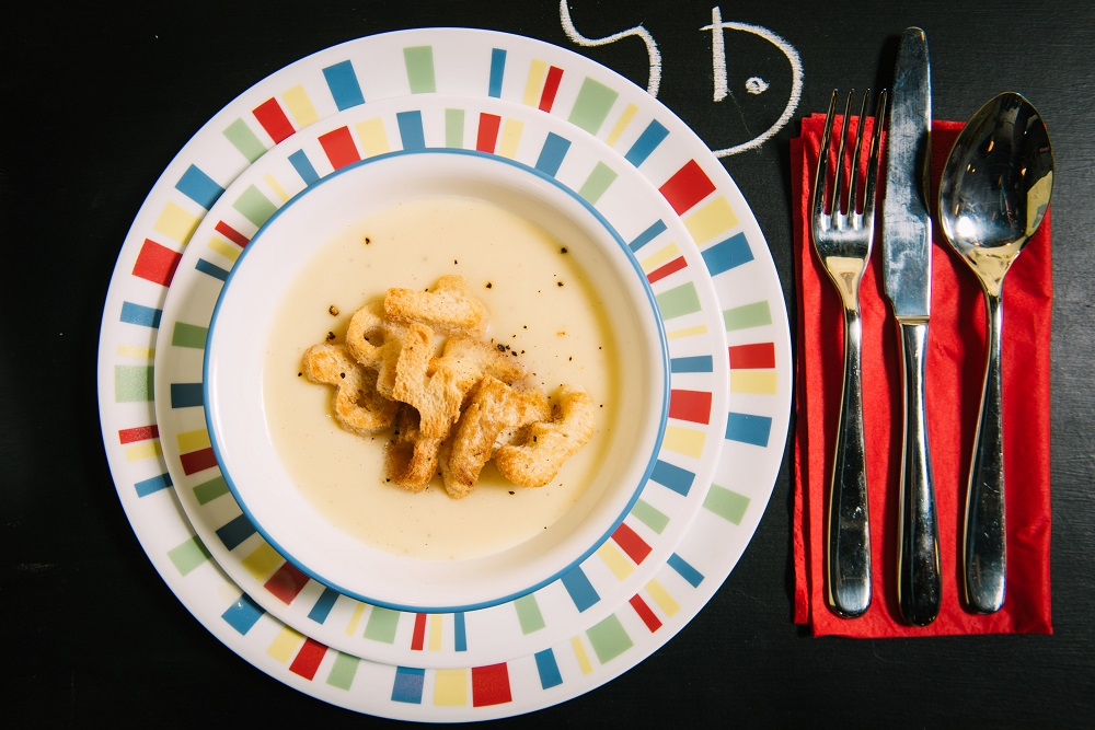 מרק קרם תפוחי אדמה עם קרוטוני מספרים. צילום-נועם-פריסמן-12