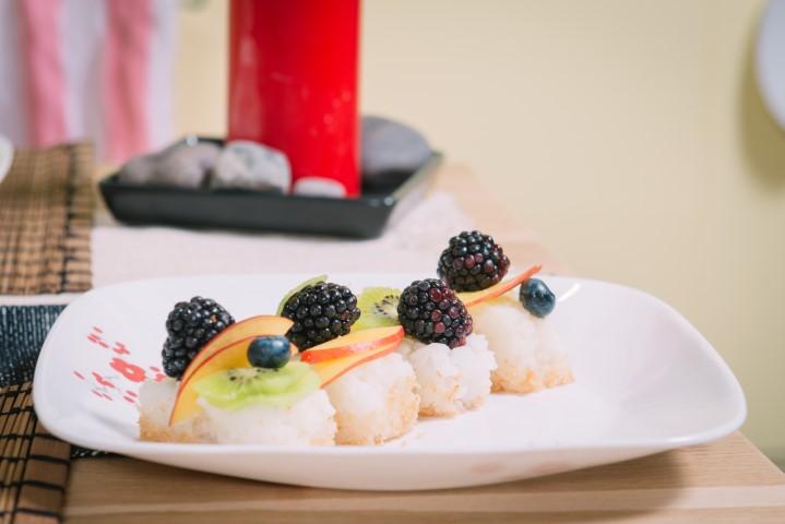 סושי מתוק עם פירות של שי-לי ליפא. צילום-נועם-פריסמן9