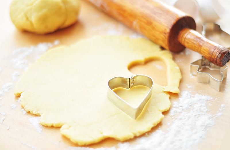 עוגיות לב בתוך לב. צילום: שאטרסטוק