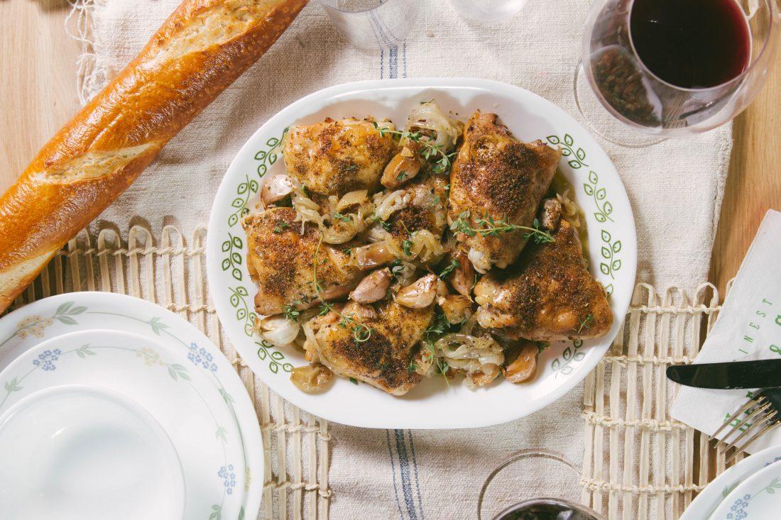 עוף בתנור עם שום, בצל ויין לבן. ינאי-מנחם-2