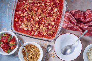 הכינו את הכפיות! מלבי קוקוס משפחתי עם תותים של רחלי