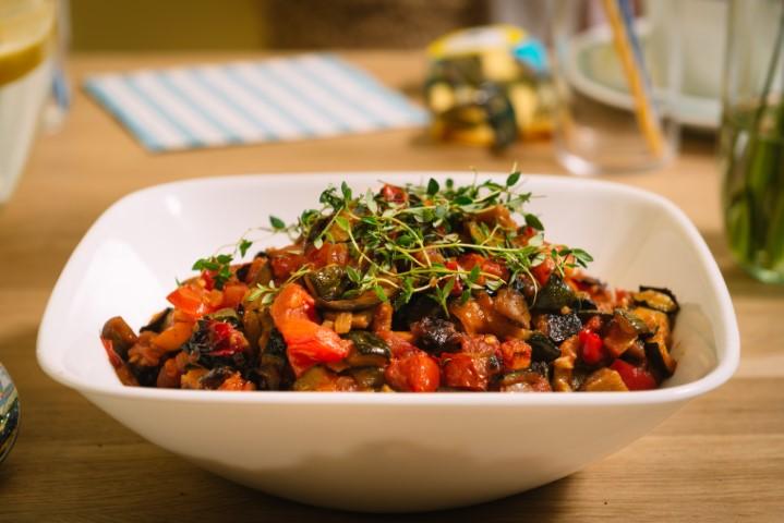רטטוי - תבשיל ירקות בסגנון צרפתי. צילום-נועם-פריסמן24