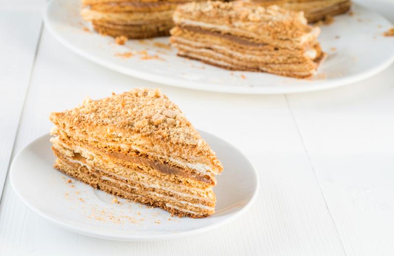עוגת ביסקוויטים קרמלית. צילום: שאטרסטוק