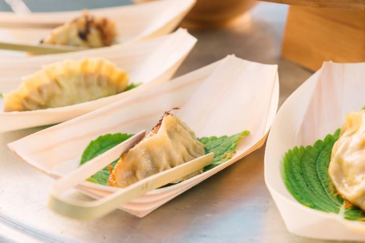 ג'יאו דזה - כיסוני בצק אסיאתיים במילוי פרגיות ופטריות. צילום-נועם-פריסמן-3