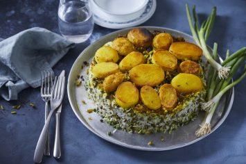 אורז פרסי ירוק עם תחתית תפוחי אדמה פריכים