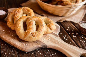כמו עוגיות עבאדי – עוגיות בייגלה שומשום מלוחות של קרין גורן