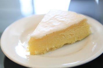 עוגת גבינה קרמית עשירה ודיאטטית