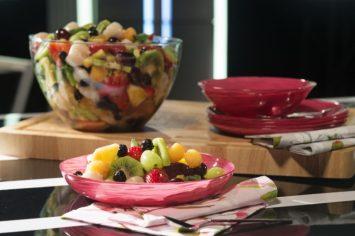 סלט פירות צבעוני עם ג'ינג'ר מסוכר