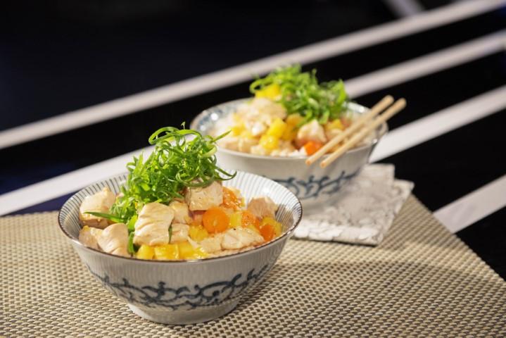 עוף חמוץ מתוק עם אורז. צילום-נועם-פריסמן-111
