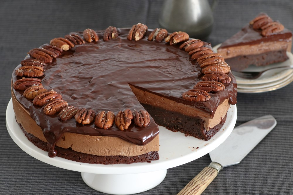 עוגת פקאן ושוקולד ללא גלוטן. צילום: נטלי לוין