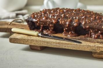 הכי שוקולדית והכי לילדים: עוגת שוקולד בחושה