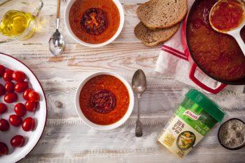 אדום, קטיפתי ומלטף: מרק עגבניות מהיר