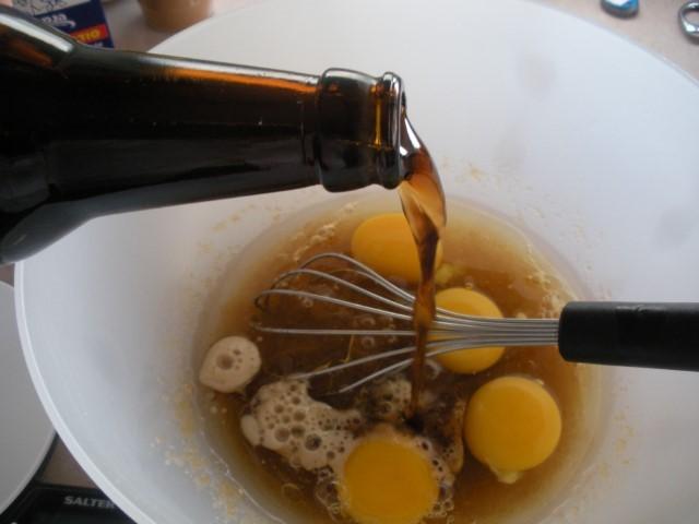 עוגת טו בשבט בירה שחורה (צילום: יהודית מורחיים)