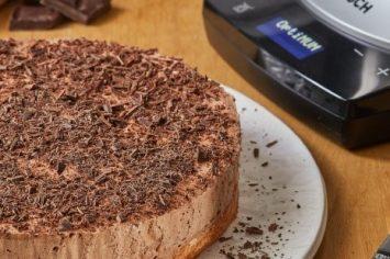 קינוח מרשים וחגיגי: עוגת מוס שוקולד וקוקוס