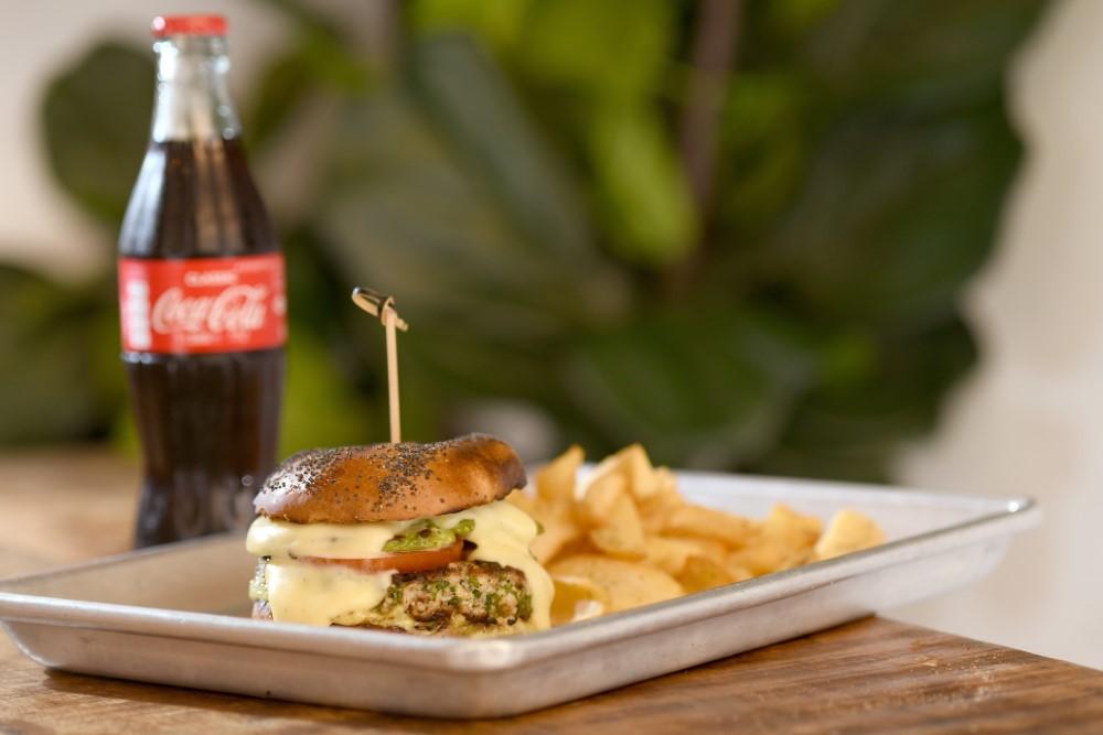 ההמבורגר של אוזריה נקסט דור. צילום: רן בירן