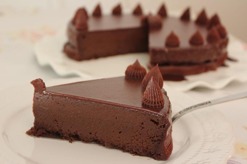 עוגת פעמיים שוקולד בארבעה מרכיבים