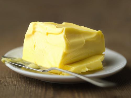 איך מרככים חמאה במהירות? צילום: שאטרסטוק