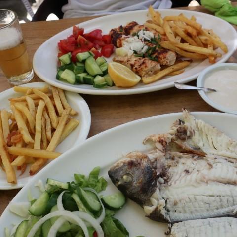 ארוחת צהריים קפריסאית מקסימה (צילום: בר נוצני)