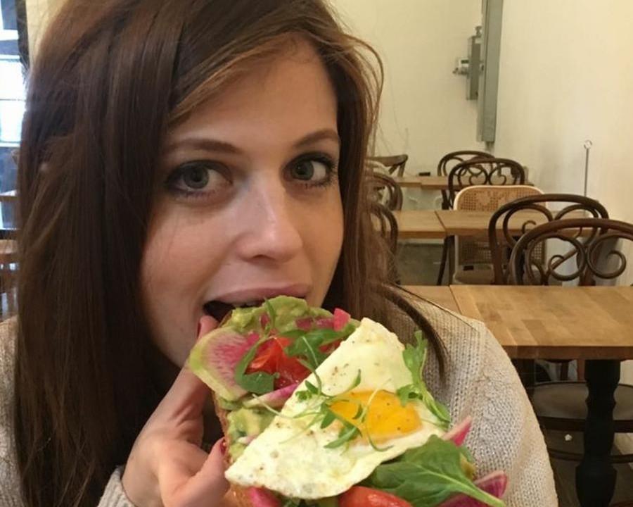 כבר אמרתי לכם שהדבר שאני הכי אוהבת בעולם זה לאכול?