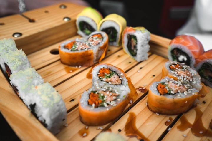 סושי בצורת לב במסעדת קיושי (צילום: הדר ברדה)