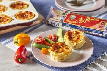 מאפינס ספגטי עם רוטב עגבניות וגבינות