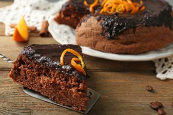 עוגת שוקולד תפוז מושחתת