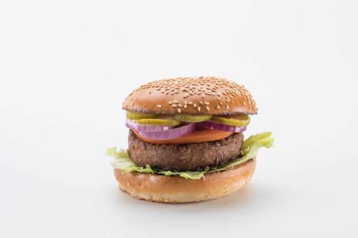 ביונד מיט - ההמבורגר הטבעוני ברשת מוזס. צילום: חיים יוסף