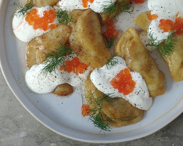 ורניקס תפוחי אדמה עם זיכרונות וקצף ים. צילום: סבינה ולדמן