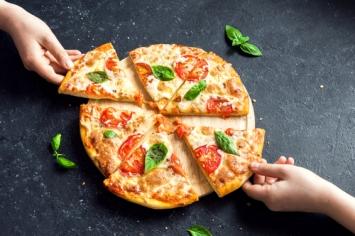 חגיגת פיצה